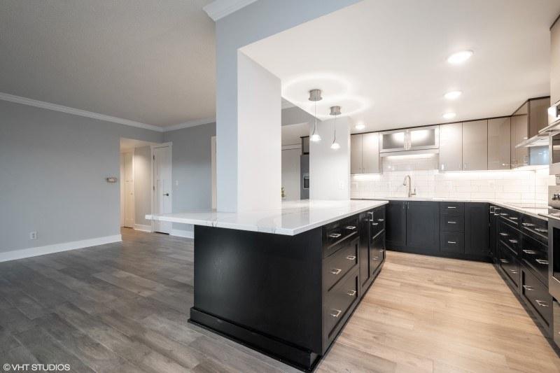 Kitchen Cabinets Des Moines